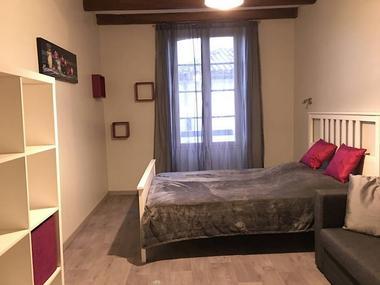 saint-amand-sur-sevre-gite-10-15-min-du-puy-du-fou-chambre1