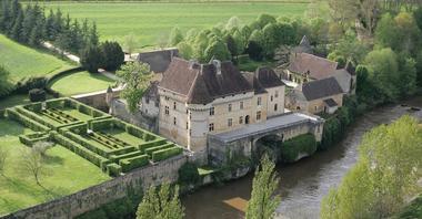 thonac_chateau de losse_aérienne charmillevézère