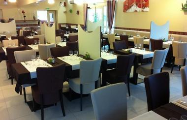 """Le bar-restaurant-jeux """"Complexe L@ Détente"""" à Niort"""