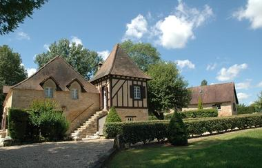 120006 - DOMAINE DE FLEURAC - villa de charme  avec piscine et tennis (41)