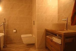 Fournil-bathroom-1 - internet.jpg_6