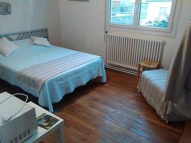 letemple-dalyeaccueil-chambre-SIT.jpg_1