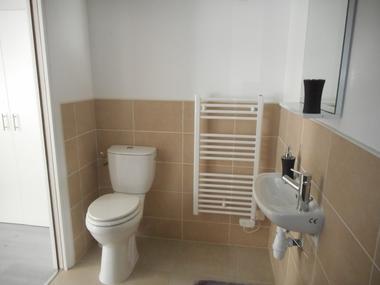 la-chapelle-gaudin-gite-la-cachette-toilettes.jpg_19