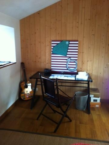 saint-aubin-de-baubigne-chambre-dhotes-roches-mousset-bureau.jpg_7