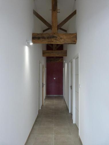 moncoutant-gite-lecurie-coin-couloir.jpg_13