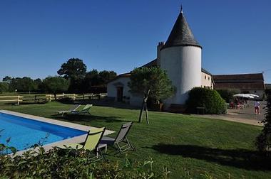 St Amand sur Sèvre-le petit Puy Loup-piscine1.jpg_7
