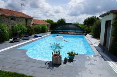 chanteloup-gite-labriardiere-piscine1.jpg_1