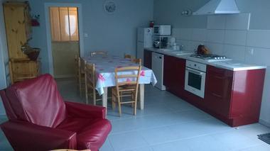 gite-a-la-ferme-chez-grand-mere-moncoutant-cuisine.jpg_1