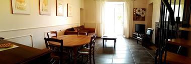 Clesse-LesFréaux-GiteMoulin-salon1-sit.jpg_6