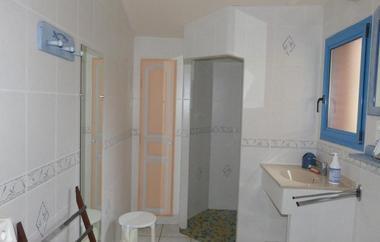 saint-amand-sur-sevre-gite-les-ecorcins-salle-de-bain.jpg_9