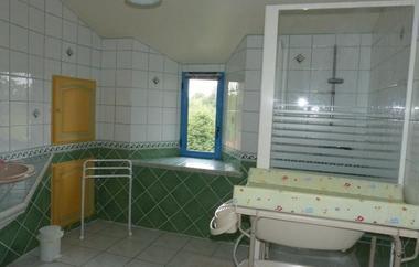 saint-amand-sur-sevre-gite-les-ecorcins-salle-de-bain1.jpg_10