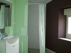 salle d'eau-petit.JPG_6