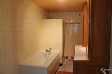 Salle de bain RdCh