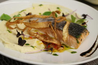 Les Feuillantines - Copyright les Feuillantines saumon mi-cuit fumé au foin