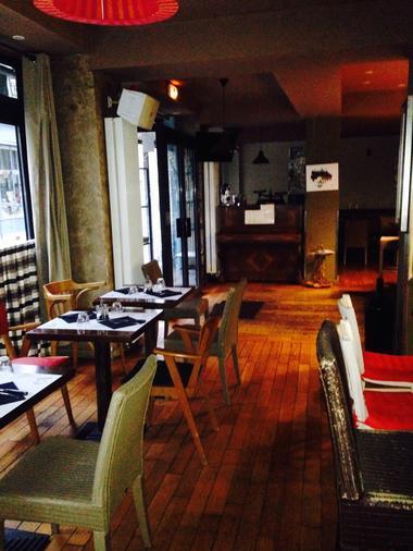 cafe-des-arts-Chartres-salle