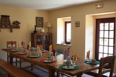 Chambres d'hotes-Domaine de lesvaniel-salle petit dejeuner-Landudec -Pays bigouden