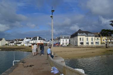 Hôtel modern Ile Tudy Pays bigouden Finistère Bretagne vue de la cale