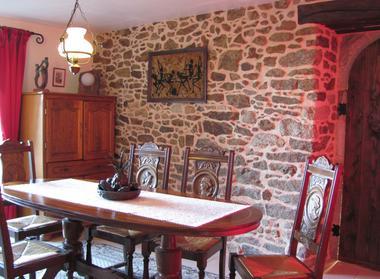 La-Croix-Julot-salle-a-manger