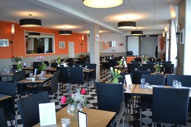 Restaurant Le Malamock II salle  a Ile-Tudy pays bigouden finistère bretagne