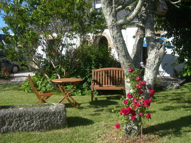 chambre d hote - henaff-tyvourch-jardin-ploneour-hpb