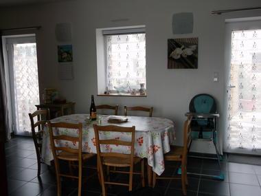 location-bourbouze-espace salle a manger-pouldreuizc-hpb