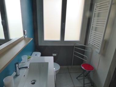 Ot-Avant-Monts-DEBERGUES-Chambre-d-hotes-les-Amandiers-vue-salle-de-bain--2-