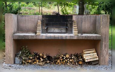 Camping de la Font Barbecue
