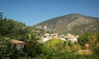 Campotel de Roquebrun - Vue terrasse Chalet 6