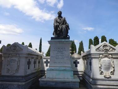 Cimetiere vieux-Tombe de Jean-Marie Cordier-MBP