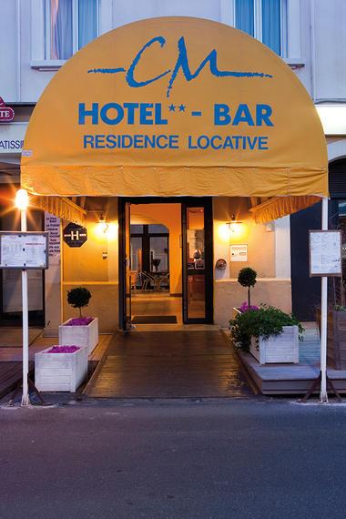 Katia LENGAY Hotel Bar Moderne Valras