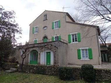 Gîte le Chalet à St-Gervais-sur-Mare (arrière)