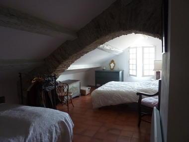 HLO-Colombieres-Les seilhols-chambre1