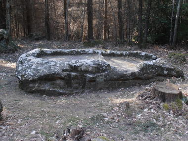 Joncels Archéo - Pierre du Sacrifice Thomas AZEMA