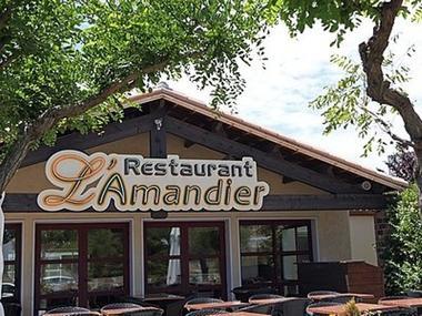 ©L'Amandier