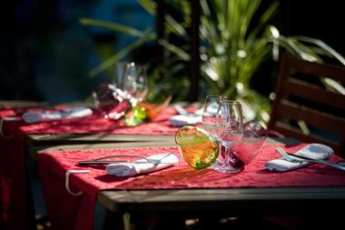 RES - Le Faitout -Table