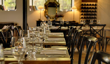 Les Carrasses salle restaurant 2