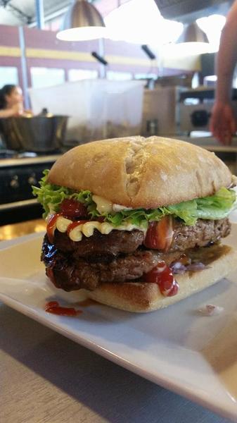 Plancha des halles - Burger maison