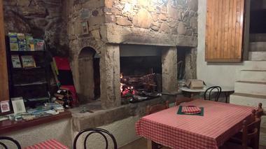 RES-Le mas de Rouyre-Bar à vin