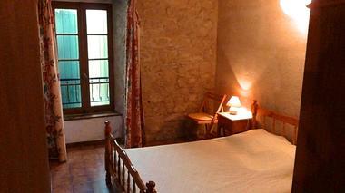 Gignole, une des 2 chambres doubles, Domaine de Lacan