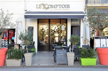 le-komptoir-du-forum-bar-restaurant-brasserie-1100x729