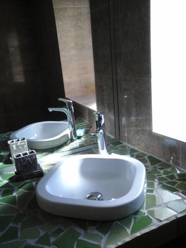 salle d'eau lavabo