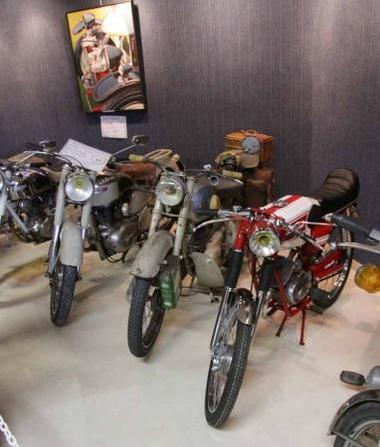 2018-11-04 et 04 bourse d'échange et salon des motos anciennes valras