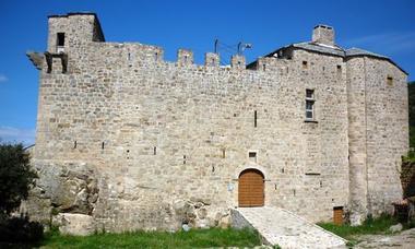 500-300 chateau_de_Dio_et_Valquieres_-_Julie_Noclercq_1