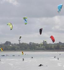 Sensations kite (kites dans la baie)