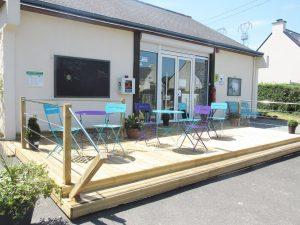 Camping-Les-Etangs-La-Richardais-facade-accueil