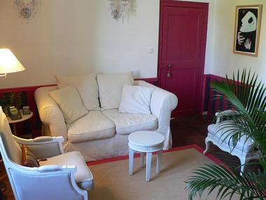 Chateau-du-Pin-Petit-salon
