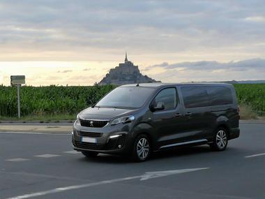 Chauffeur Malouin Sarl - voiture vue Mont Saint-Michel - Saint-Malo