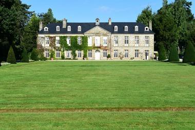 Façade du château de la Rouërie