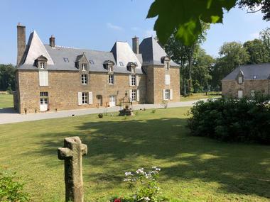 Château de La Croix Chemin à St-Léger-des-Prés