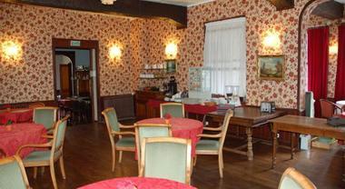 Hotel-Altair-Dinard-reception-salle-de-petit-dejeuner